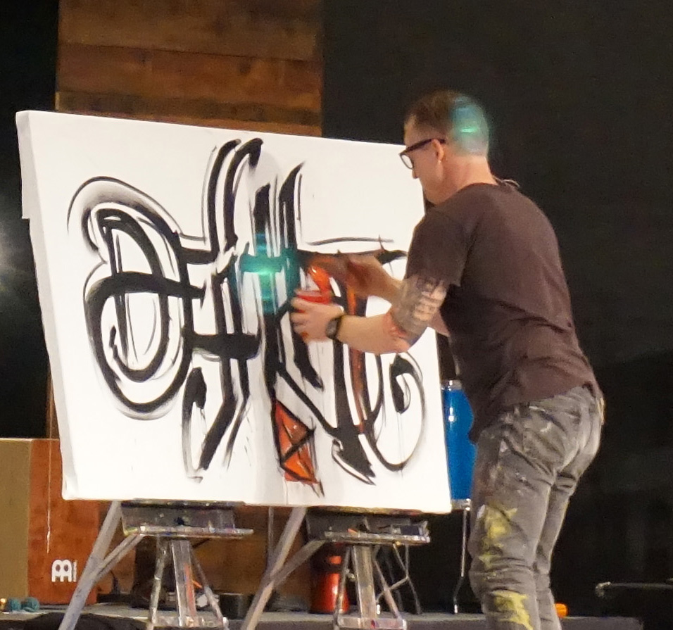 Author and Artist Eric Samuel Timm captivates the audiences with his unique teaching and live art performance.